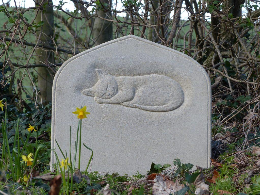Memorials: Cat memorial